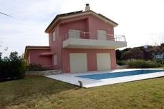 VL150 – Villa right next to the sea 182 sq.m. – Kalo Nero Messinia – 570000€