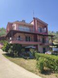 VL517 – Maisonette of 290 sq.m. on a plot of 10,000 sq.m. – Velika, Messinia , 500000€